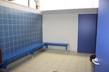 Cecileinfoloisirsenfantdrome piscine bourg les valence for Vestiaires piscine