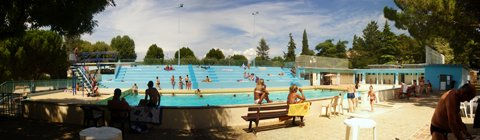 Cecileinfoloisirsenfantdrome piscine decouverte for Piscine romaine